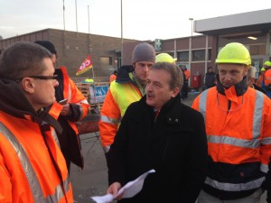 Avec les salariés de Tioxide Calais pour exprimer mon total soutien